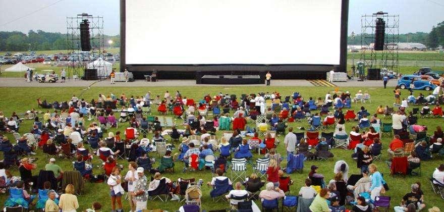 Your Parc de la Villette summer; Europa Kids, Outdoor Cinema and Paris Beaches