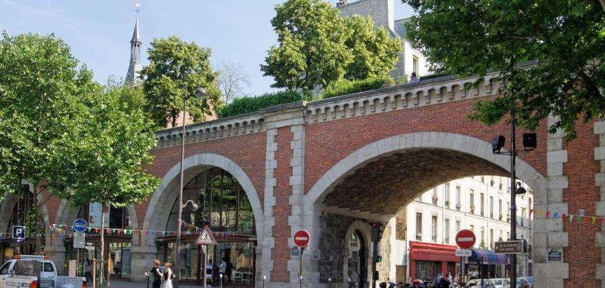 La promenade du Viaduc des Arts se végétalise